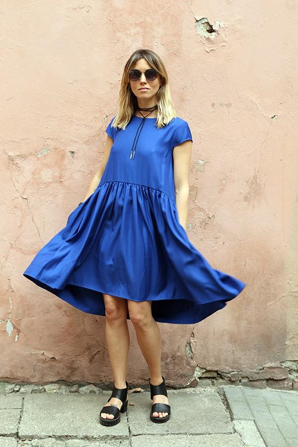 blue dress Roma