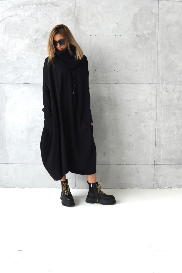 3D BLACK DRESS WITH SCARF