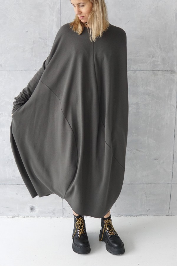 3D dark gray dress