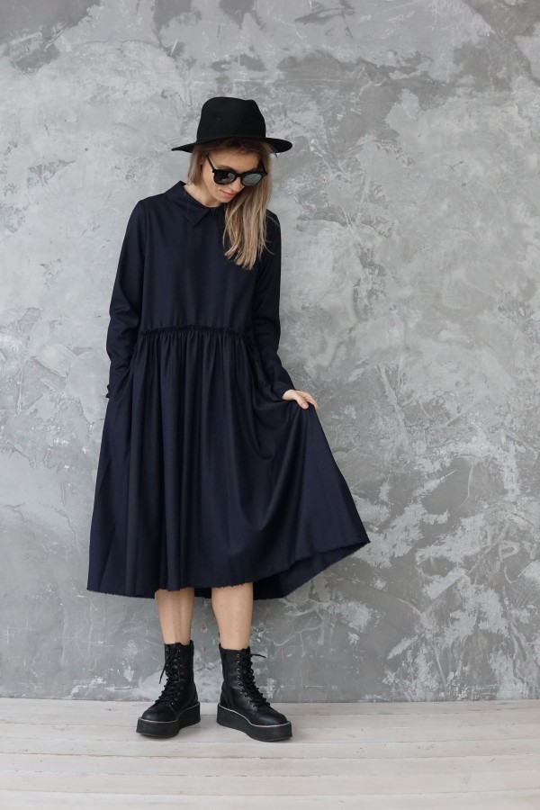 dark blue dress barcelona