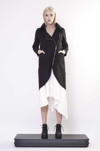 coat with zipper and big collar