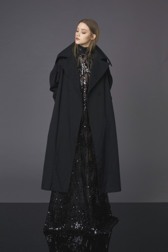 Black asymmetrical coat with big sleeve