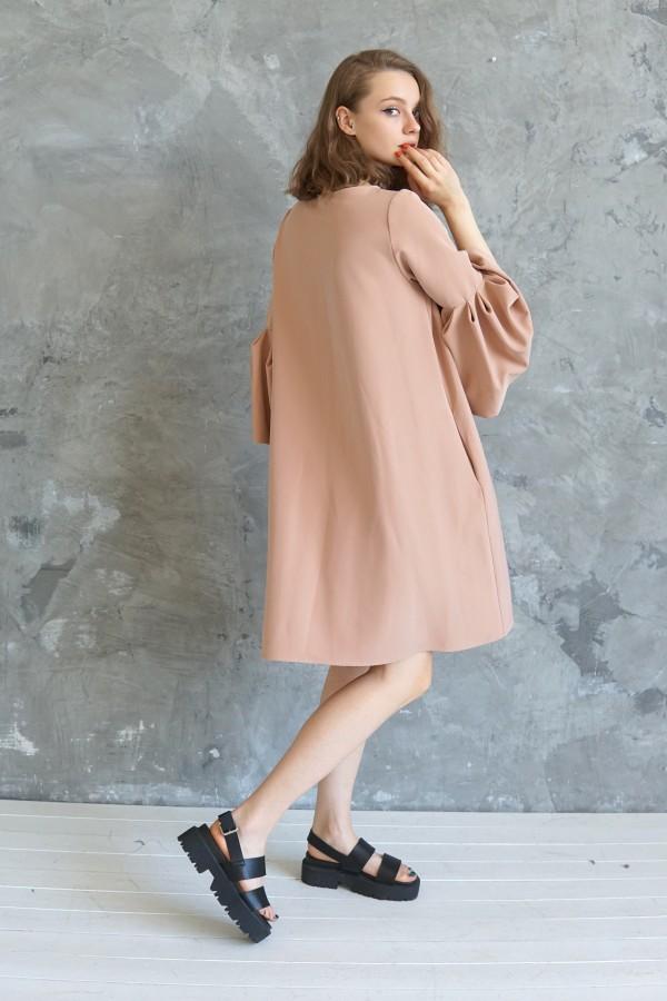 pink dress lisbon