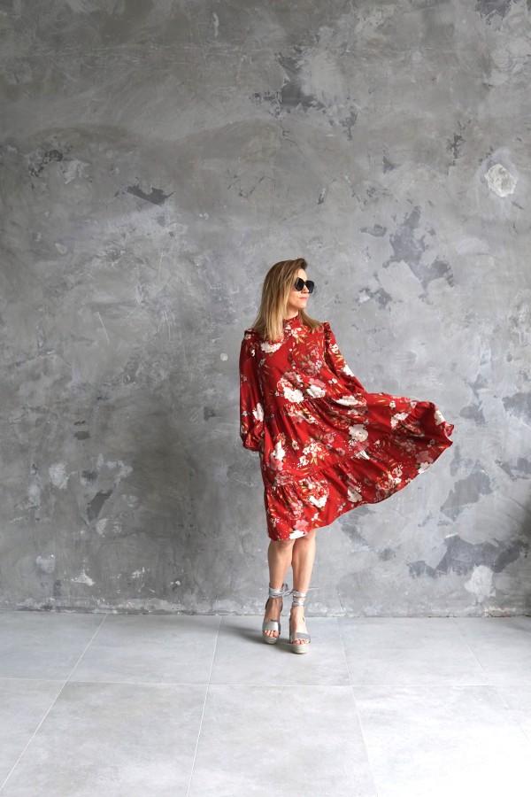red flowery dress
